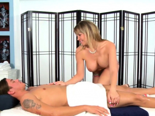 Plump masseuse strokes