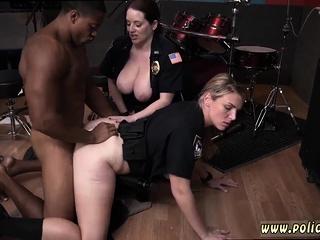 Amateur airport milf Raw pellicle grasps constable plumbing a