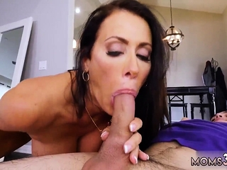 Milf washes young major ripen Hot MILF Be gainful to His Eat one's fill