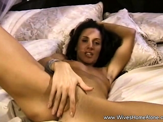 Sophisticated Housewife Makes In someone's skin flesh Cum