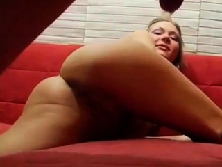 Russian amateurs have sex at abode