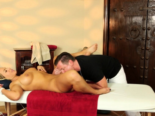 Massaged milf gets seduced with an increment of pussyfucked