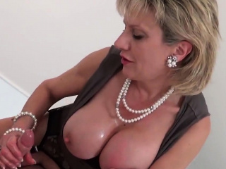 Unbecoming british milf lady sonia displays their like one another massi86Zvf