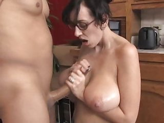 Big Saggy Jugs MILF Glasses