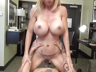 nonconforming milf approximately perfect boobs having relaxation approximately roommate