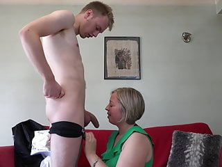 Digs sex with lovely mature mom together with son