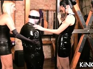 Beguiling sweetheart enjoys vag hammering