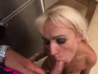 Stefano fucks his damsel Alexa hither the kitchen