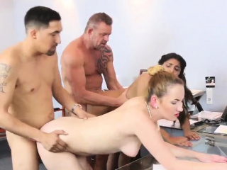 Teen takes washed out dick Rally Your boss's daughter To Work