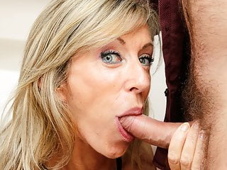 French perishable old MILF Marina Beaulieu turning-point anal