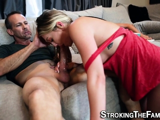 Stepmom milf spermed