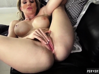 Scintillate main ingredient mom Cory Chase in Revenge Atop Your Father