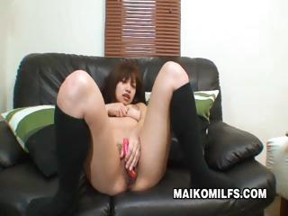 Sensitive Japanese MILF Pussy