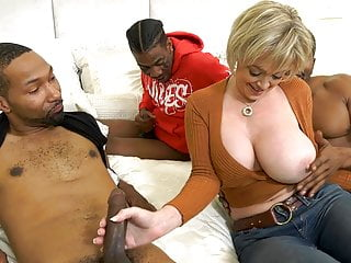 Hot Cougar Wife Dee Williams Gets Pounded At the end of one's tether BBC