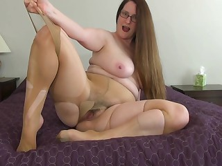 Missy around big be expeditious for her Pantyhose
