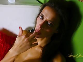Khloe Kash in Toys Movie - AuntJudys