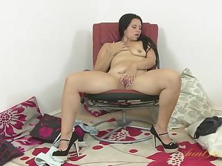 Louise Bassett in Masturbation Movie - AuntJudys