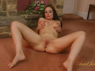 Sophia Delane to Amateur Movie - AuntJudys