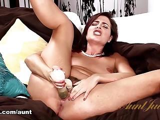 Helena Price round Toys Movie - AuntJudys