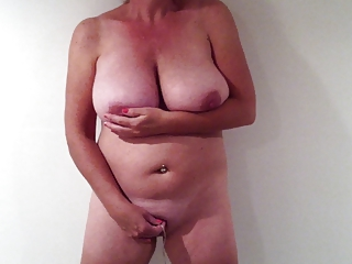Ohio MILF Standing Orgasm