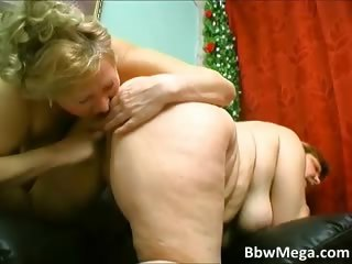 Sexy blonde chubby MILF hoe get ready part5
