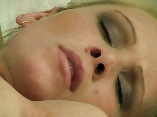 Milf vegetable masturbation