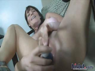 Isabella uses a vibrator