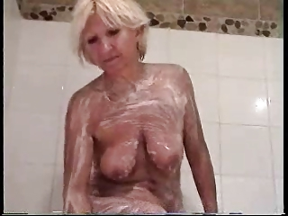 Sandrine in the shower