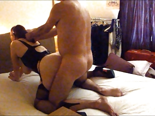 Homemade - UK Milf Making out