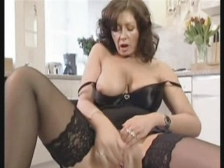Torrid British Housewife