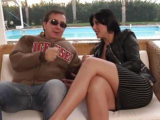 Sexy Italian MILF Loves Anal